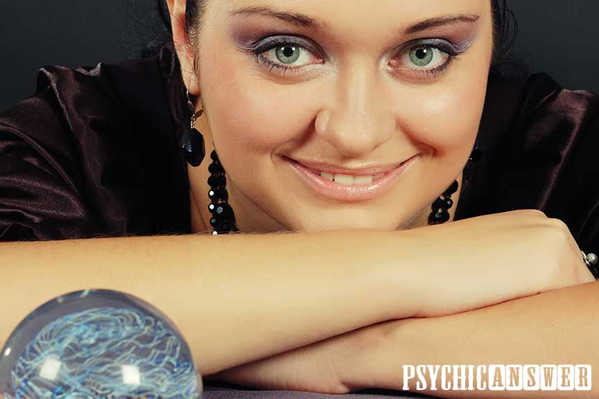 Psychic Answer - Real Fortune Tellers And Future Predictions